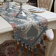 Borla Bordada Table Runner, Mantel Europeo, Mesa
