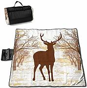Vintage Deer Drawign with Trees Picnic Blanket con